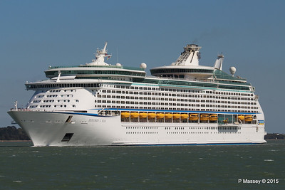 EXPLORER OF THE SEAS Arriving Southampton PDM 22-04-2015 15-13-07