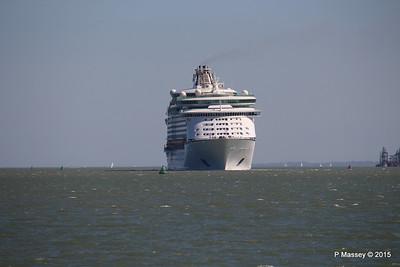 EXPLORER OF THE SEAS Arriving Southampton PDM 22-04-2015 15-08-54