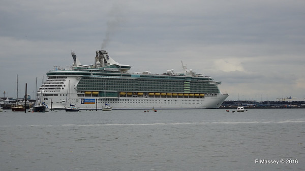 18 Jun 2016 INDEPENDENCE OF THE SEAS Departing Southampton