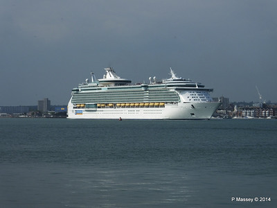 INDEPENDENCE OF THE SEAS Departing Southampton PDM 17-05-2014 16-58-00