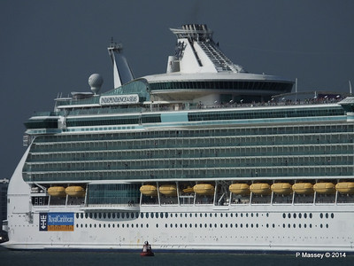 INDEPENDENCE OF THE SEAS Departing Southampton PDM 17-05-2014 16-58-15