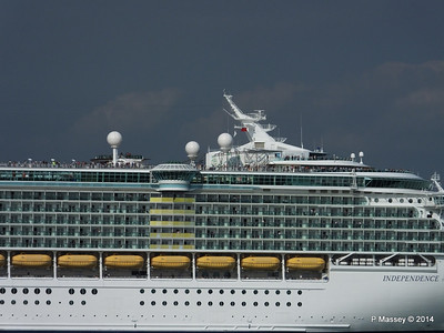 INDEPENDENCE OF THE SEAS Departing Southampton PDM 17-05-2014 17-03-17