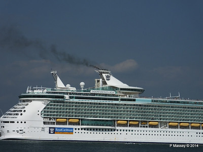 INDEPENDENCE OF THE SEAS Departing Southampton PDM 17-05-2014 17-04-27