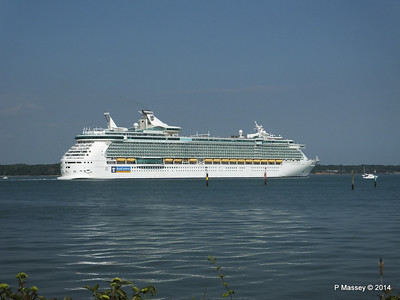 INDEPENDENCE OF THE SEAS Departing Southampton PDM 17-05-2014 17-05-28