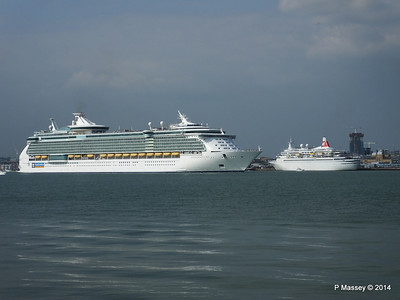 BLACK WATCH INDEPENDENCE OF THE SEAS Southampton PDM 17-05-2014 16-59-56