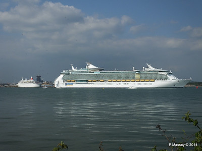 INDEPENDENCE OF THE SEAS Departing Southampton PDM 17-05-2014 17-02-07