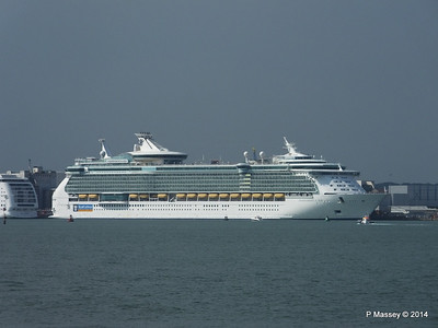 INDEPENDENCE OF THE SEAS Southampton PDM 17-05-2014 16-29-45