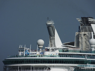 INDEPENDENCE OF THE SEAS Departing Southampton PDM 17-05-2014 17-07-41
