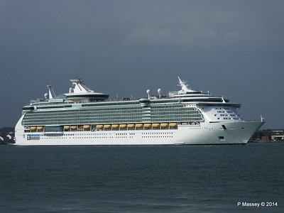 INDEPENDENCE OF THE SEAS Departing Southampton PDM 17-05-2014 16-59-30