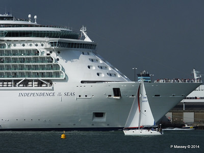 INDEPENDENCE OF THE SEAS Departing Southampton PDM 17-05-2014 17-01-26