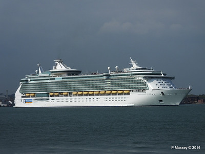 INDEPENDENCE OF THE SEAS Departing Southampton PDM 17-05-2014 16-59-26