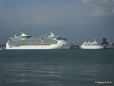 BLACK WATCH INDEPENDENCE OF THE SEAS Southampton PDM 17-05-2014 16-59-52