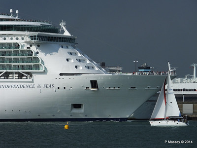 INDEPENDENCE OF THE SEAS Departing Southampton PDM 17-05-2014 17-01-23