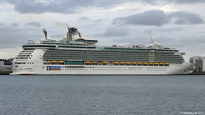 INDEPENDENCE OF THE SEAS Southampton PDM 30-09-2017 15-33-01