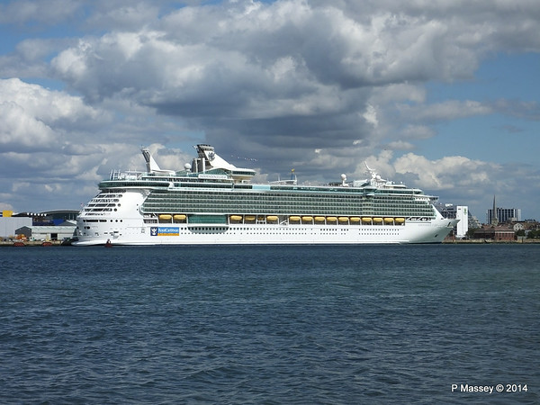 INDEPENDENCE OF THE SEAS Southampton PDM 23-08-2014 14-27-51