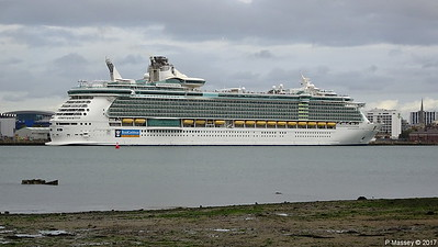 INDEPENDENCE OF THE SEAS Southampton PDM 30-09-2017 15-39-35