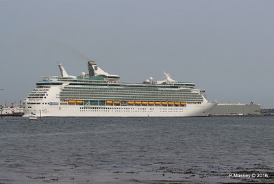 NAVIGATOR OF THE SEAS Departing BISHU HIGHWAY Southampton PDM 06-06-2016 16-38-45