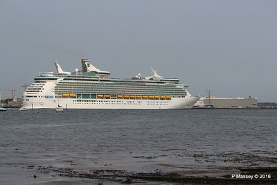 NAVIGATOR OF THE SEAS Departing ASTORIA BISHU HIGHWAY Southampton PDM 06-06-2016 16-38-32