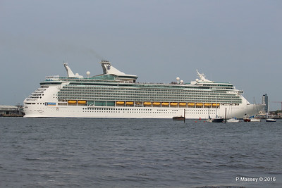 NAVIGATOR OF THE SEAS Departing Southampton PDM 06-06-2016 16-36-08