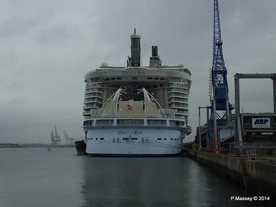 OASIS OF THE SEAS Southampton PDM 15-10-2014 13-54-50