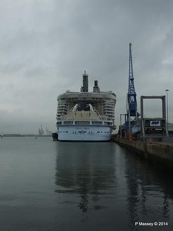 OASIS OF THE SEAS Southampton PDM 15-10-2014 13-54-42