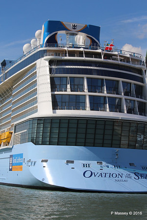 OVATION OF THE SEAS Southampton PDM 12-04-2016 14-57-26