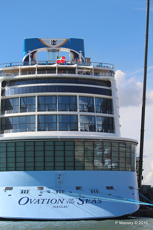 OVATION OF THE SEAS Southampton PDM 12-04-2016 14-59-26