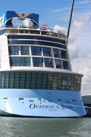 OVATION OF THE SEAS Southampton PDM 12-04-2016 14-57-30