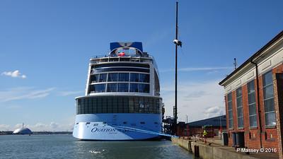 OVATION OF THE SEAS Raising Panda Southampton PDM 12-04-2016 15-21-32