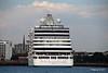 SEVEN SEAS EXPLORER Departing Southampton PDM 25-07-2017 18-08-32