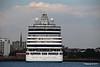 SEVEN SEAS EXPLORER Departing Southampton PDM 25-07-2017 18-08-37