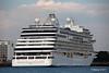 SEVEN SEAS EXPLORER Departing Southampton PDM 25-07-2017 18-08-58