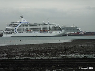 SEVEN SEAS VOYAGER BRITANNIA Southampton PDM 29-08-2015 16-39-38