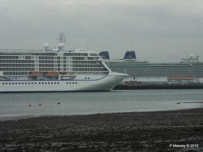 SEVEN SEAS VOYAGER BRITANNIA Southampton PDM 29-08-2015 16-39-08