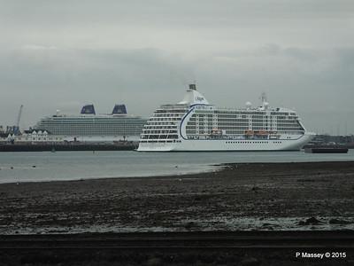 SEVEN SEAS VOYAGER BRITANNIA Southampton PDM 29-08-2015 16-40-27