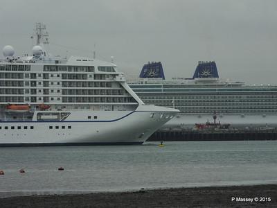 SEVEN SEAS VOYAGER BRITANNIA Southampton PDM 29-08-2015 16-39-04