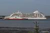 SEVEN SEAS VOYAGER Departing RED EAGLE Passing Southampton PDM 06-06-2016 18-13-20