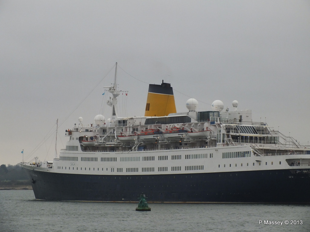 SAGA RUBY under tow Southampton PDM 08-01-2013 15-25-01