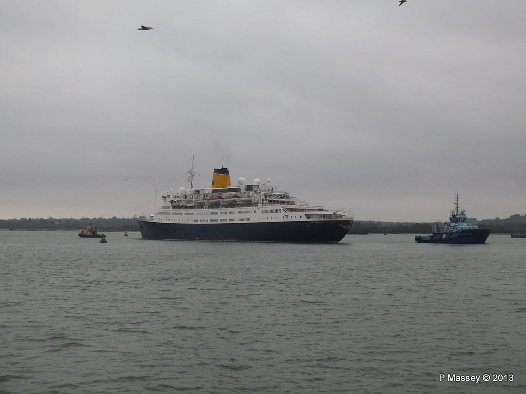 SAGA RUBY under tow Southampton PDM 08-01-2013 15-24-08