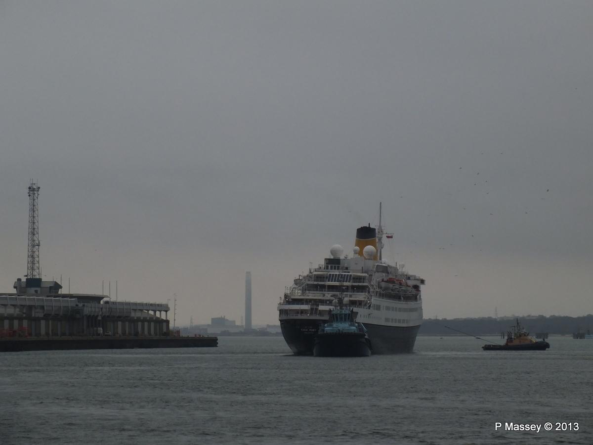 SAGA RUBY under tow Southampton PDM 08-01-2013 15-40-24