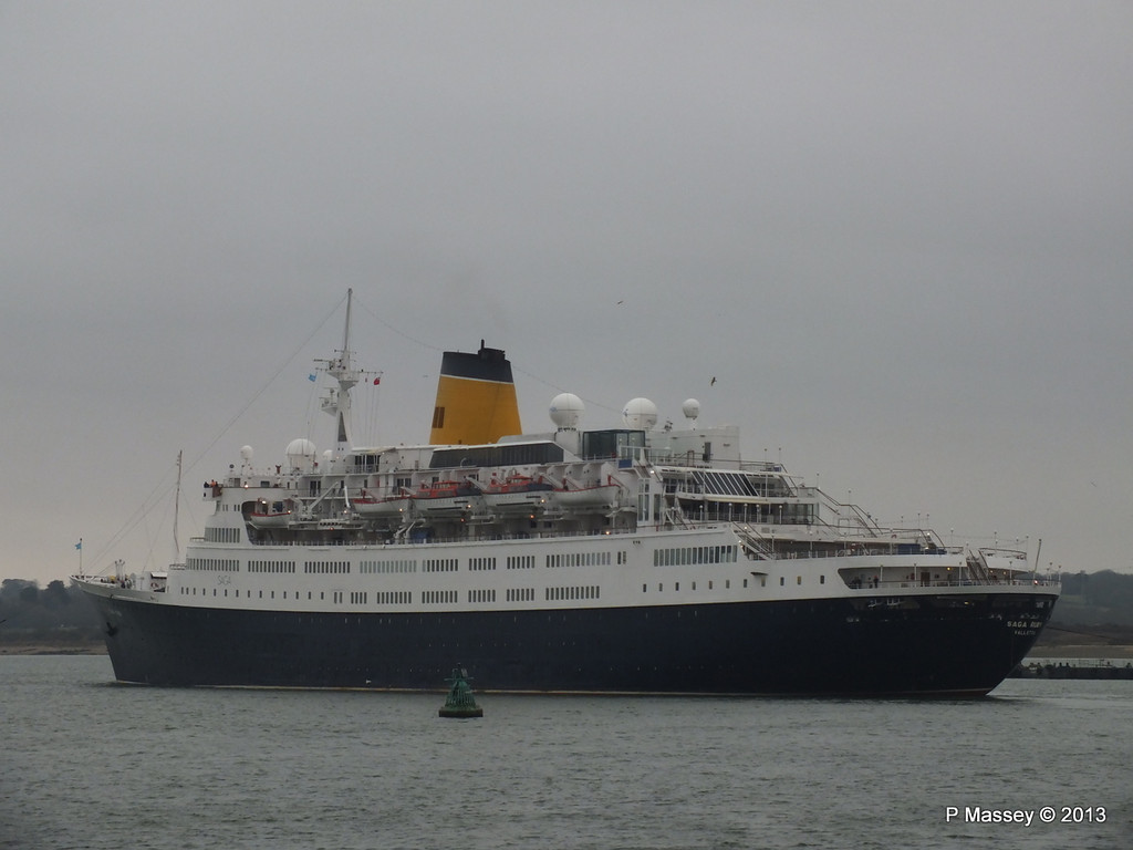 SAGA RUBY under tow Southampton PDM 08-01-2013 15-25-05