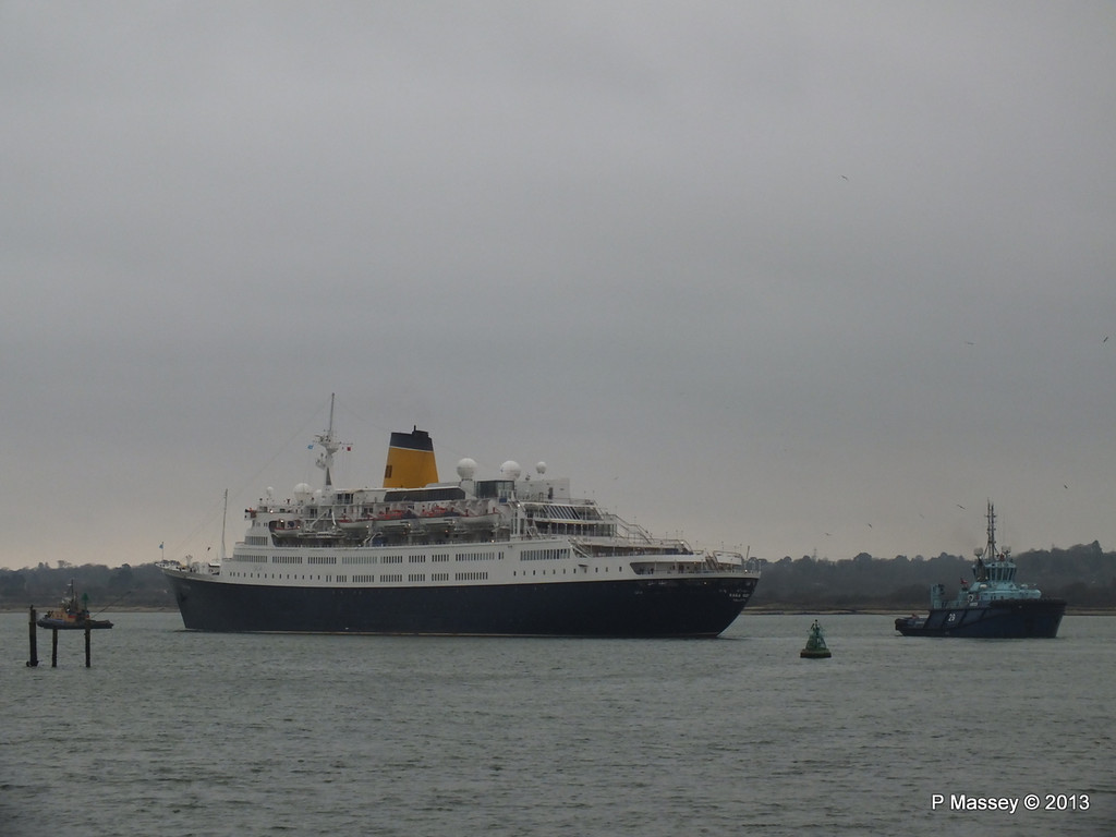 SAGA RUBY under tow Southampton PDM 08-01-2013 15-26-07