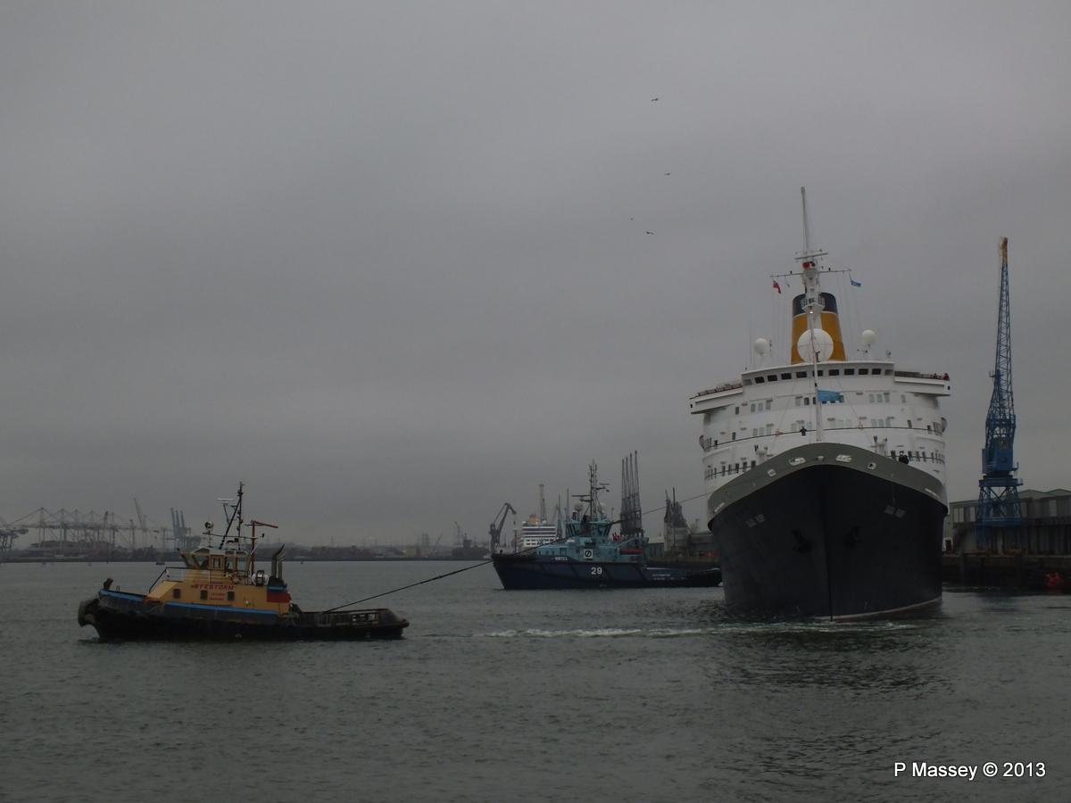 SAGA RUBY under tow Southampton PDM 08-01-2013 15-15-06
