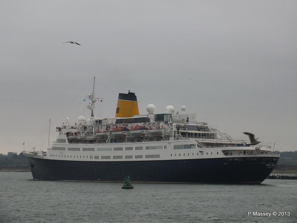 SAGA RUBY under tow Southampton PDM 08-01-2013 15-25-06
