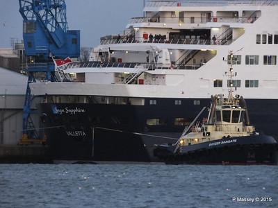 SAGA SAPPHIRE Lines SVITZER BARGATE Southampton PDM 10-01-2015 16-15-52