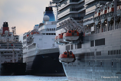 QUEEN VICTORIA Lifeboats Lowering SAGA SAPPHIRE Southampton PDM 10-01-2016 08-53-50