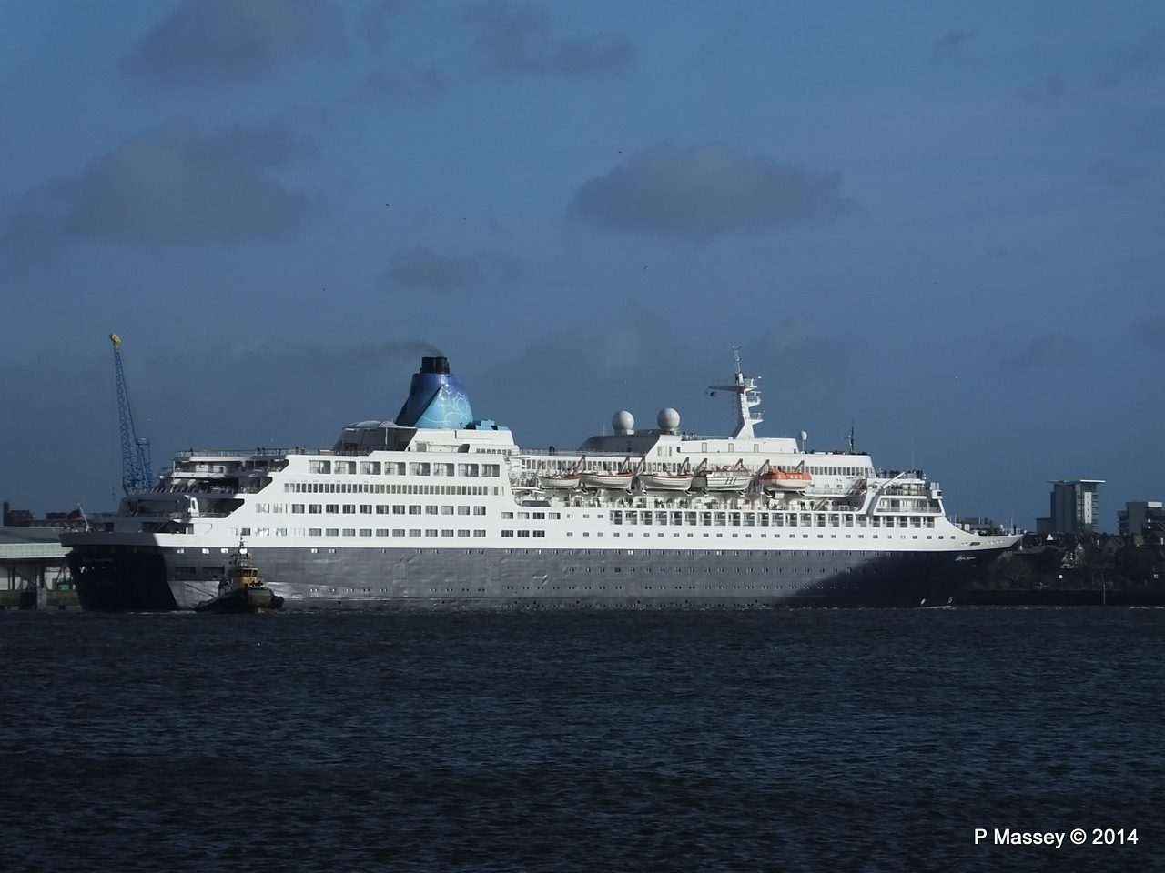 SAGA SAPPHIRE Departing Southampton PDM 07-01-2014 12-18-46