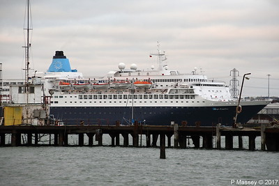 SAGA SAPPHIRE Over Husbands Jetty Southampton PDM 28-10-2017 17-13-38