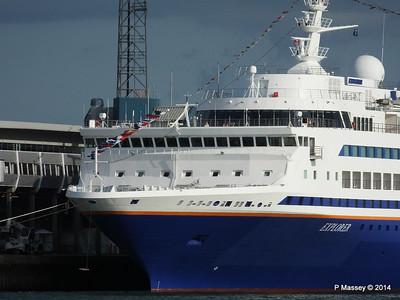 EXPLORER QEII Terminal Southampton PDM 22-08-2014 17-50-28