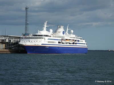 EXPLORER QEII Terminal Southampton PDM 22-08-2014 17-50-25